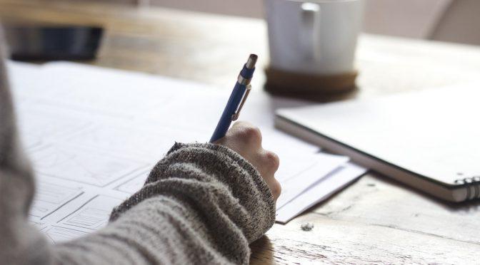 Appropriation de la compétence écrite de jeunes adultes malaisiens en milieu exolingue et endolingue pour une meilleure intégration dans un établissement supérieur français